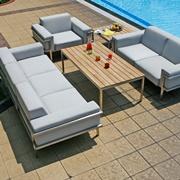 Largo Lounge