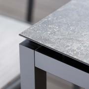 Stern Tische